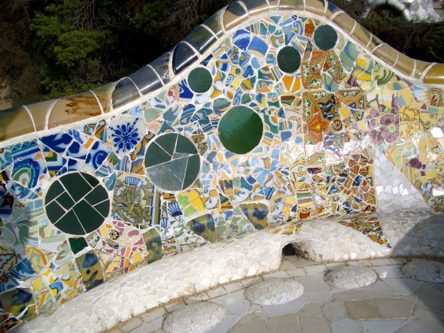 Another detail from the 1914 Park Güell benches, photo by author