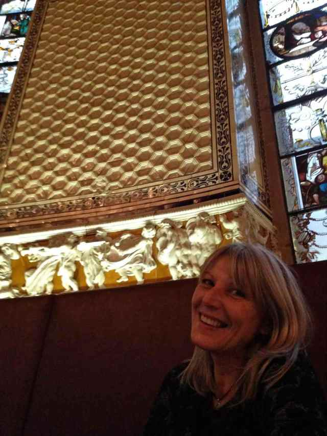 Dimensional Hexagonal tiles at V&A Museum, in the cafe, London