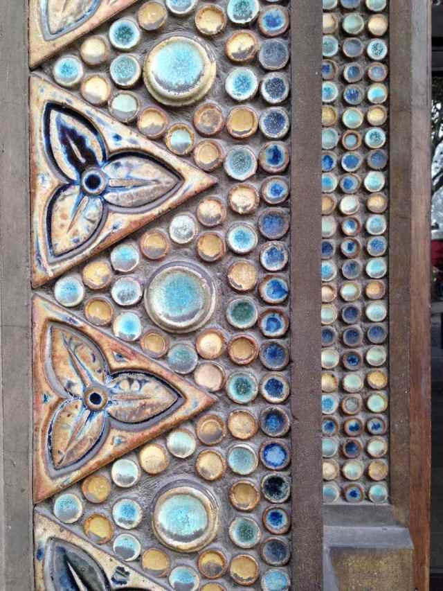 Modernist Ceramic trifoils and dots, St-Jean-de-Montmartre, Paris
