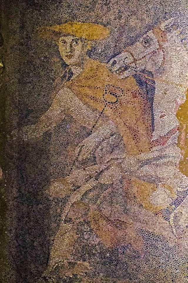 Hermes, the god of thieves, travellers, trade and a guide to the underworld, is depicted in the mosaic (Greek Ministry of Culture) Source: http://www.ibtimes.co.uk/